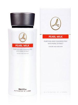 Увлажняющее молочко для всех типов кожи косметической линии средств для ухода за кожей PEARL парфюмерно-косметической компании Ламбре (L'ambre)