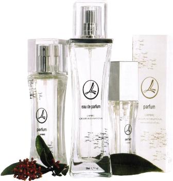 Флакон разновидности женских ароматов парфюмерно-косметической компании Ламбре (L'ambre)
